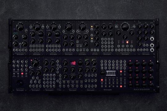 BLACK SYSTEM III