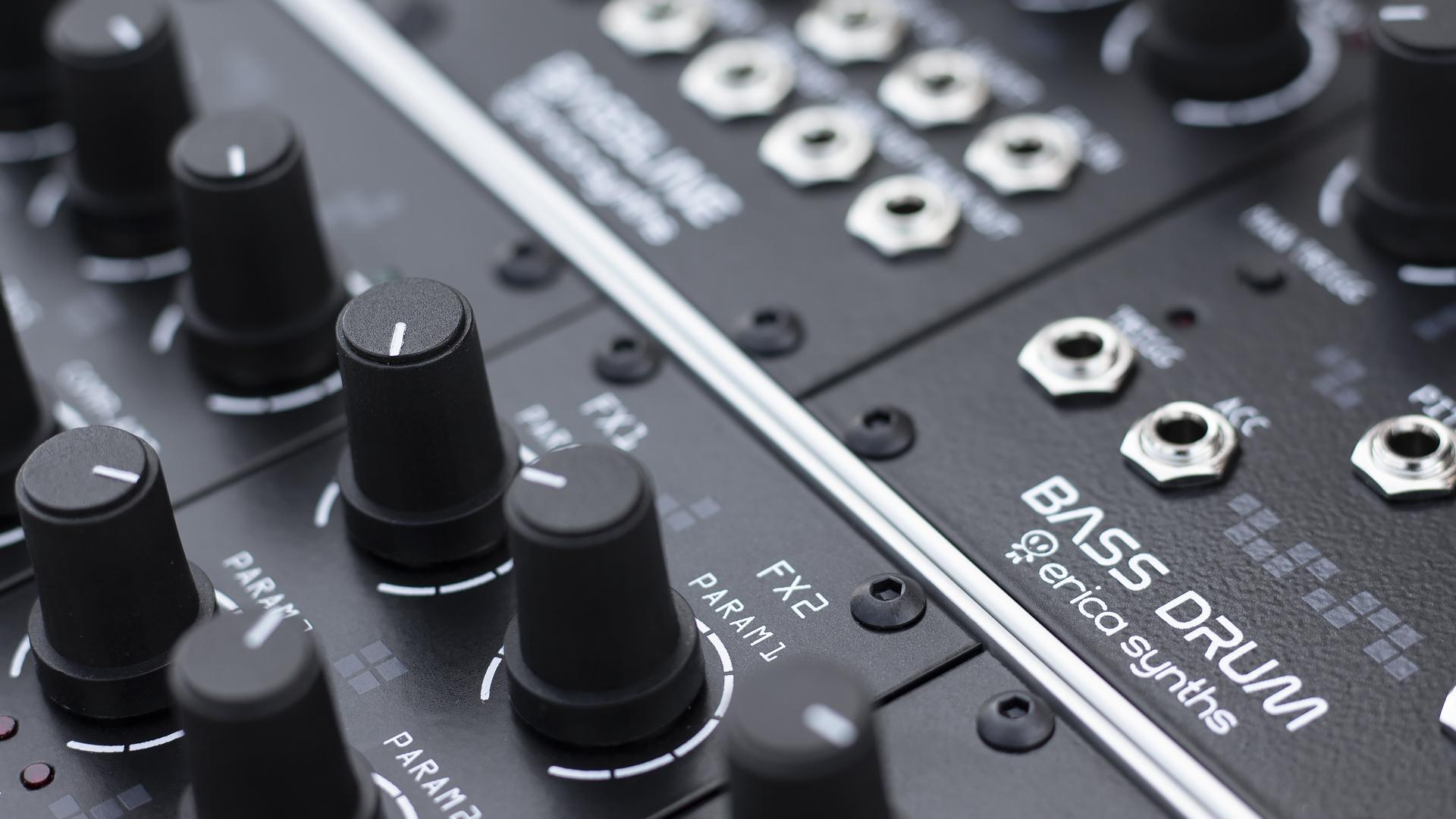 Other Dj Equipment Erica Synths Techno System Eurorack Instrument